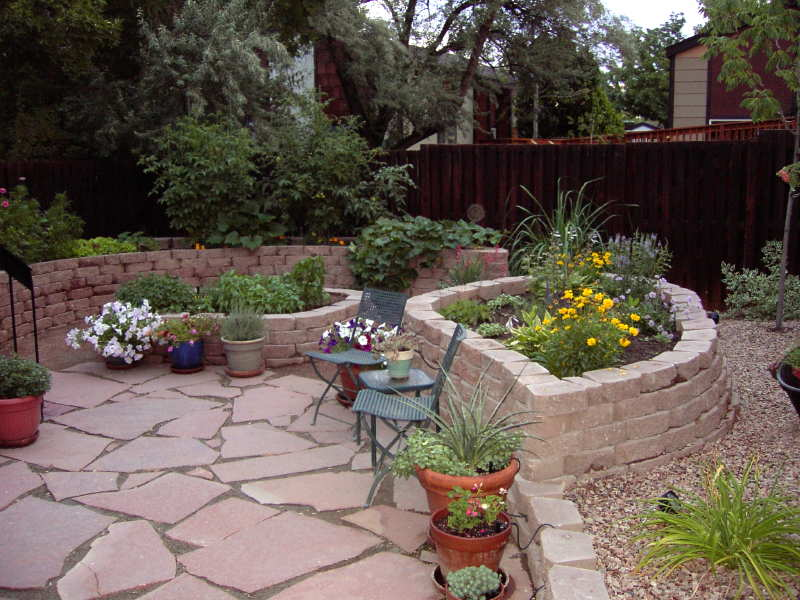 Small space landscape design - Landscaping in small spaces photos ...